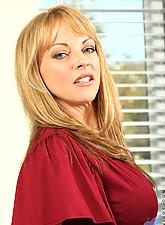 Shayla laveaux Photo 1
