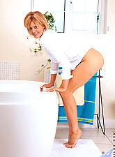 Rebecca Photo 3