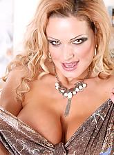 Sharon pink Photo 5