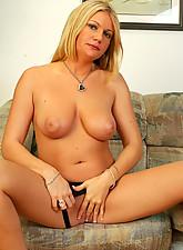 Christina Photo 7