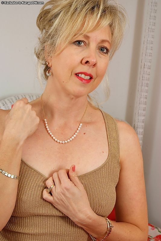 nude women Karups