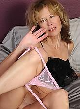 Janet Photo 11