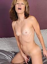 Janet Photo 12