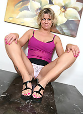 Hottest naked women masterbating