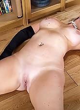 Sophie Photo 13