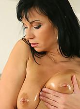 Tessa Photo 14