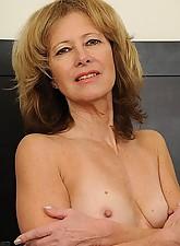 Janet Photo 4
