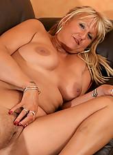 Lindsey Photo 15