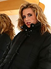 Name: Anette, Category: Uniforms