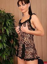 Evelyn 2 Photo 3