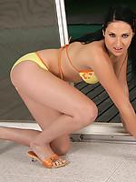Nicole 7 Photo 4