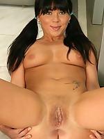 Michelle 6 Photo 13
