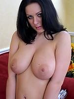 Alana Photo 8