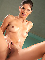 Demi Photo 6
