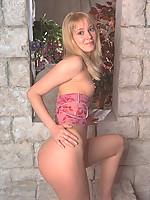 Lisa Photo 15