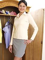 Ellen 2 Photo 15