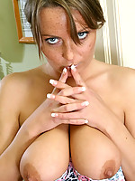 Alexis 2 Photo 6