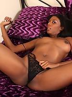 Monica 3 Photo 6