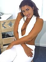 Michele 2 Photo 1