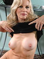 Barbara Photo 6