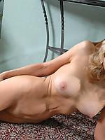 Barbara Photo 13