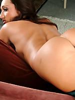 Michelle 3 Photo 9