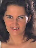 Laura3 Photo 1