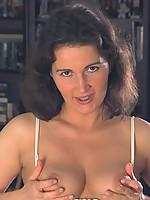 Laura3 Photo 4