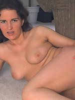 Laura3 Photo 13