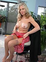Barbara Photo 8