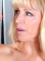 Nicole Photo 15