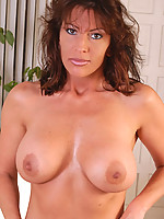 Brandee Photo 9