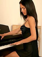 Roxanne Photo 2