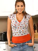 Nicole 5 Photo 2