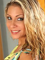 Renee 3 Photo 1
