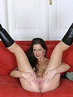 Yvette 2 Photo 1