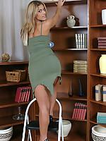Sarah 4 Photo 2