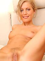 Susan 2 Photo 4