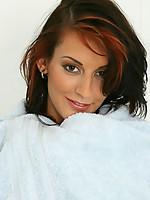 Lauren 2 Photo 15