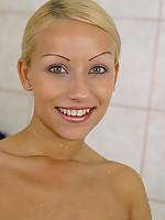 Nikki 3 Photo 15