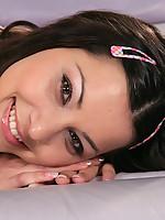 Claudia 3 Photo 3