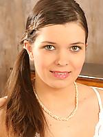 Danielle Photo 1