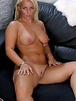 Susan Photo 13