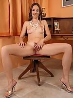 Janet 3 Photo 5