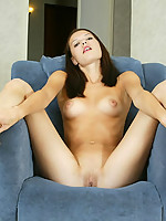 Alexandra Photo 8
