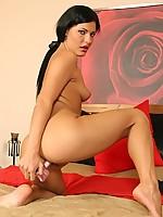 Naomi 2 Photo 11